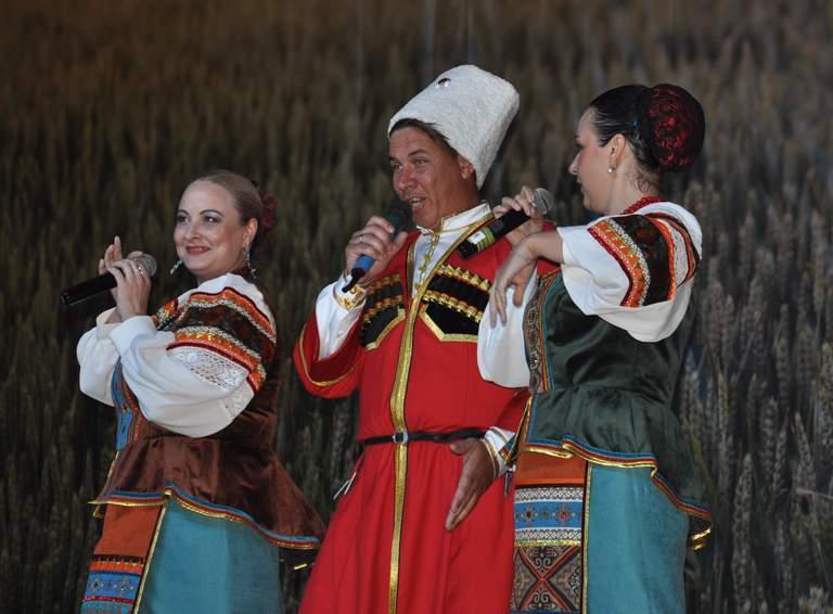 Казачья песня в подарок работникам ООО «ЕвроХим-БМУ», получающим награды в День ЕвроХима