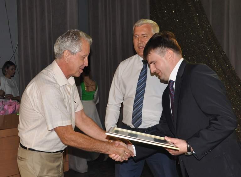 Благодарностью губернатора Кубани награжден член ТИК Белореченская с правом решающего голоса Виктор БАХАРЕВ
