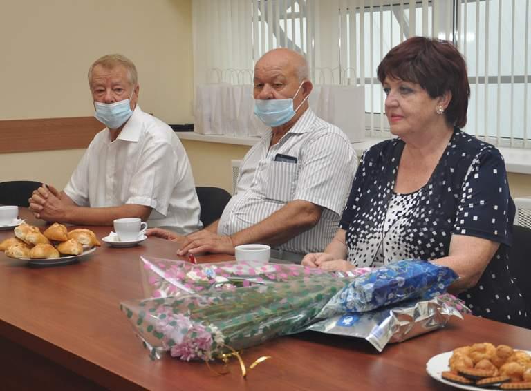Старейшины - Михаил Серпуховити, Александр Лазаренко и Тамара Борза