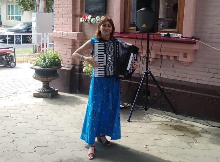Ольга ХРОМОВА, заведующая народным отделением, преподаватель по классу аккордеона