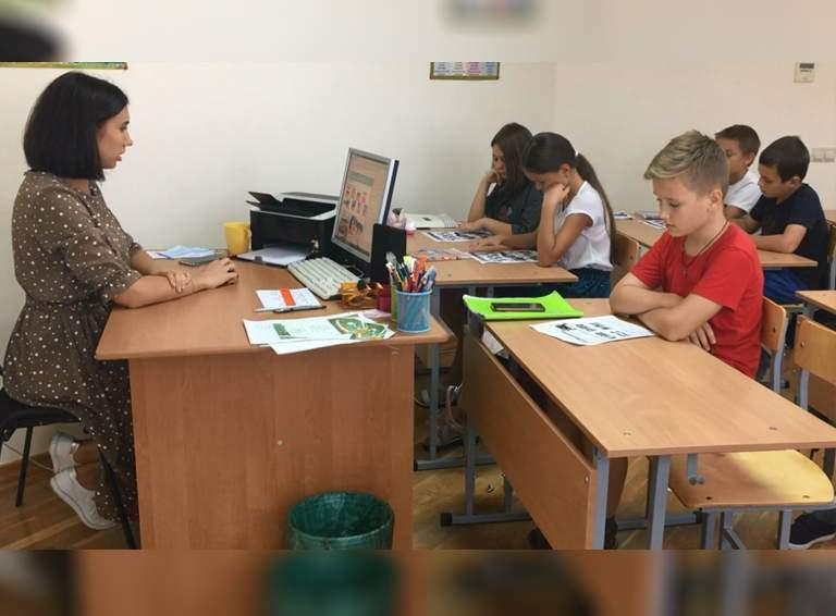 Педагог дополнительного образования Центра творчества Яна Суяркина  умеет найти подход к каждому воспитаннику объединения