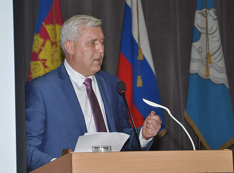 О работе администрации в 2020 году отчитался глава Белореченского района Александр Шаповалов